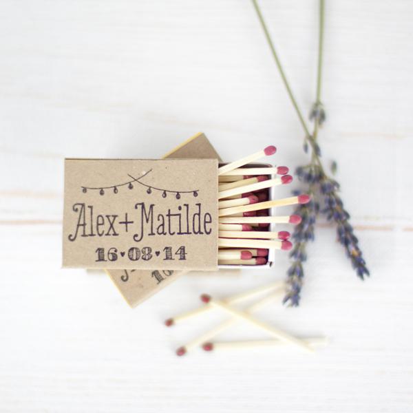 Project party blog 10 diy para usar tu sello de boda for Cajas personalizadas con fotos