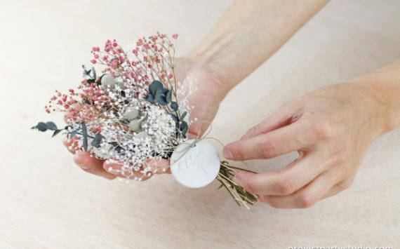 DIY : Haz un medallón para tu ramo de novia
