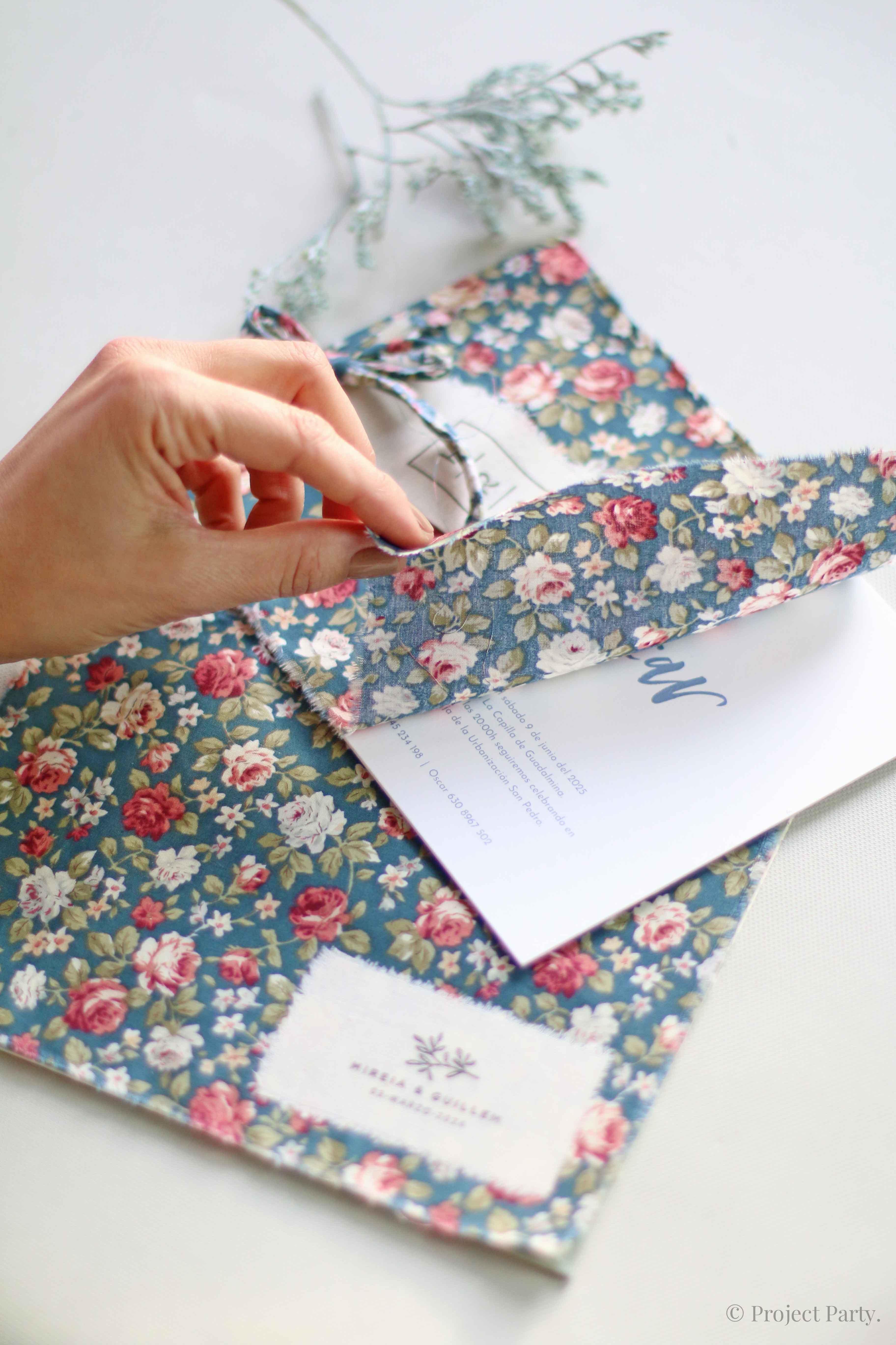 Invitaciones de boda hechas a mano - invitación en tela