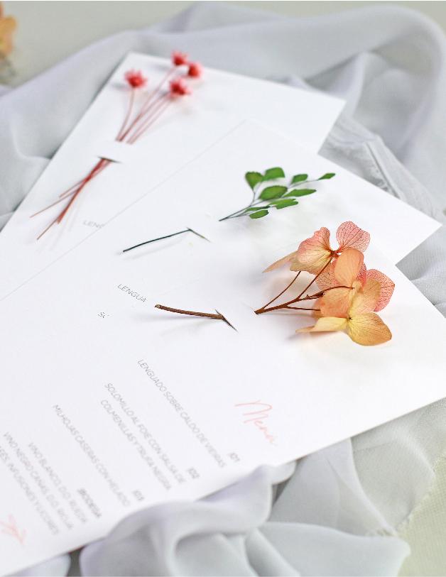 minuta con flor - invitaciones de boda hechas a mano